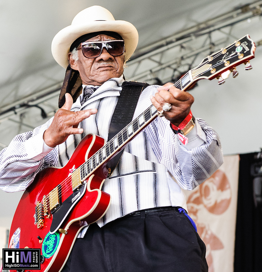Little Freddie King performs at Voodoo Fest 2012 in New Orleans, LA. (© HIGH ISO Music, LLC)