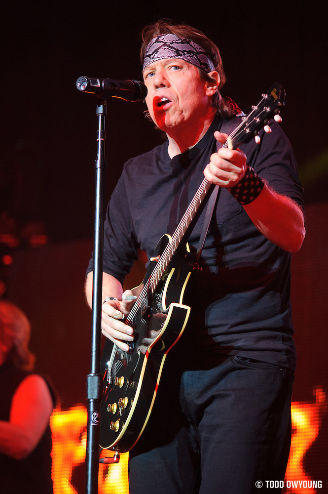 George Thorogood performing at The Pageant in St. Louis on March 21, 2012. (Todd Owyoung)