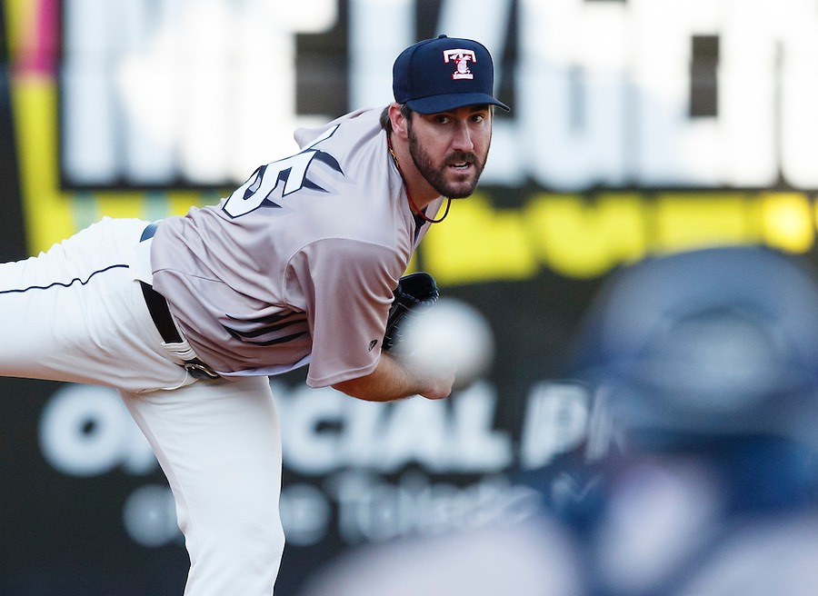 Detroit Tigers pitcher Justin Verlander, playing for the Toledo Mud Hens in a rehab start, warms up before a Triple-A baseball game against the Columbus Clippers in Toledo, Ohio, Saturday, June 6, 2015. (AP Photo/Rick Osentoski) (Rick Osentoski/AP)