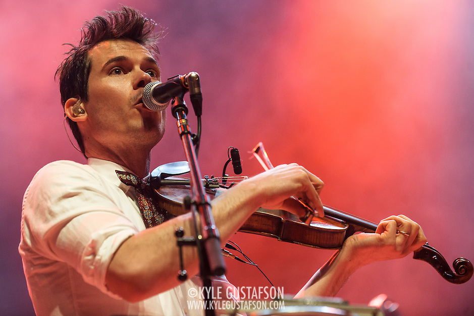 FAIRFAX, VA - February 28th, 2014 - Old Crow Medicine SHow perform at the Patriot Center in Fairfax, VA, opening for The Avett Brothers. (photo by Kyle Gustafson) (Kyle Gustafson)