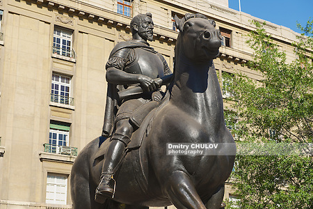 SANTIAGO, CHILE - OCTOBER 16, 2013: The equestrian monument to the 1st Royal Governor of Chile and founder of Santiago city don Pedro de Valdivia in Santiago, Chile. (Dmitry Chulov)