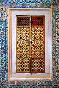 """""""The Hall with a Fountain"""" of the Harem, the vestibule where princes & consorts of the sultan waited before entering the Imperial Hall. The tiles are 17th century Kutahaya and Iznik tiles. Topkapi Palace, Istanbul, Turkey (Paul E Williams)"""