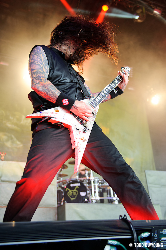 Machine Head performing on the Mayhem Festival at Verizon Wireless Amphitheater in St. Louis, Missouri on July 19, 2011. © Todd Owyoung. (Todd Owyoung)