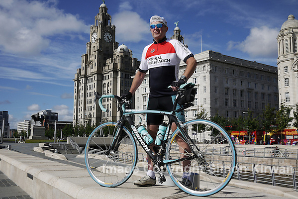 Cycling West Coast UK to West Coast USA - Liverpool - photo by Simon Kirwan