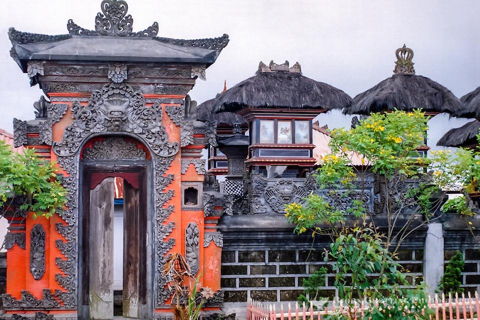 Bali, Bangli, Kintamani. Kintamani is a location on the western edge of the larger caldera wall of Gunung Batur. Hindu Temple. (Bjorn Grotting)