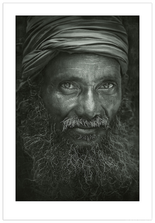 Street Portrait - Old Delhi, India (©Ian Mylam)