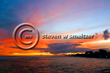 Kauai Sunset, brilliant colors at the end of a great day (Steven Smeltzer)