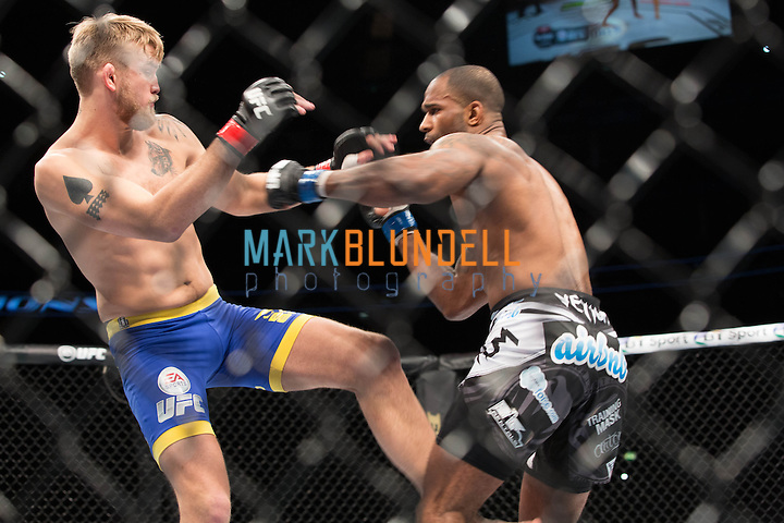 Alexander Gustafsson vs. Jimi Manuwa (Mark Blundell)
