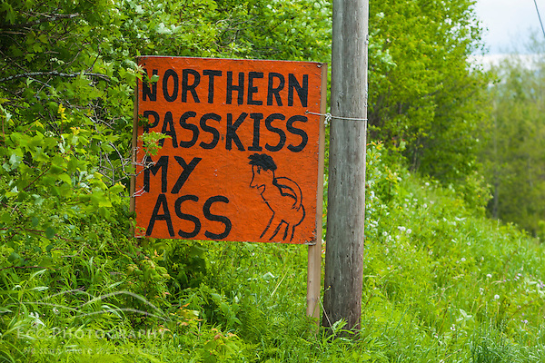 A homemade sign opposing Northern Pass in Stewartstown, New Hampshire. (Jerry Monkman)