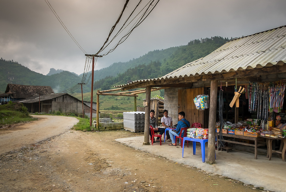 SAPA, VIETNAM - CIRCA SEPTEMBER 2014:  Typical street scene in the Ta Phin Village in North Vietnam (Daniel Korzeniewski)