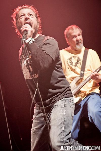 Descendents and Black Flag Keith Morris Chuck Dukowski Live Concert Santa Monica Civic Auditorium Los Angeles (Justin Gill)