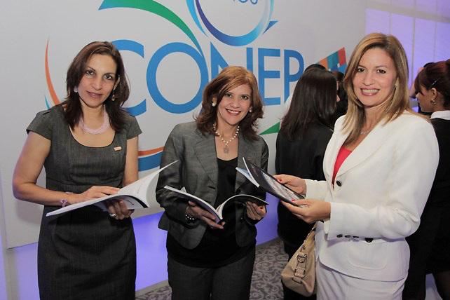 Lisandra Jiménez, María Minervino y Julissa Báez