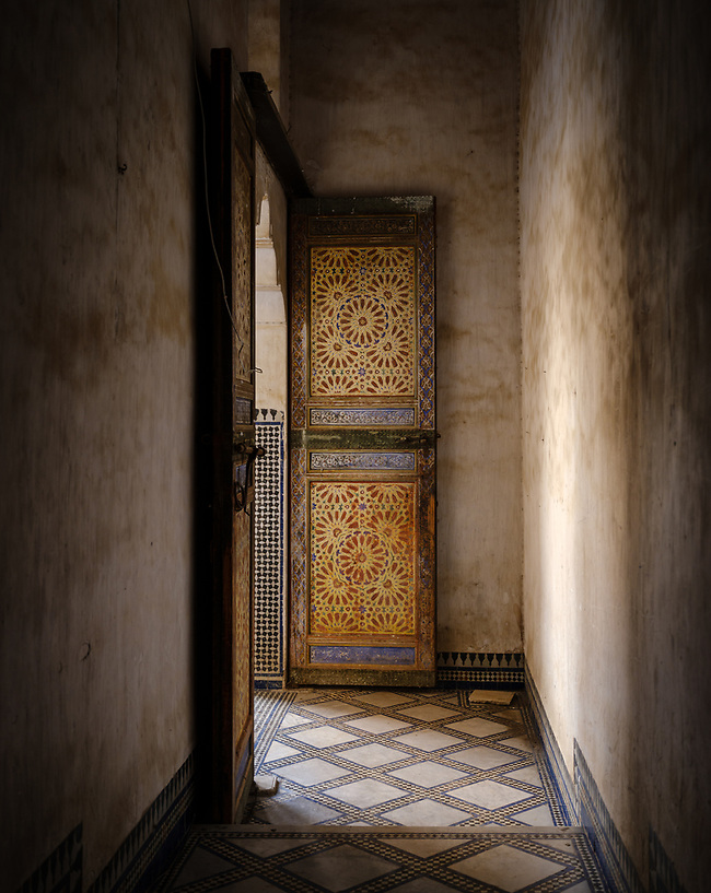 FEZ, MOROCCO - CIRCA APRIL 2017: Old hallway in a Moroccan palace (Daniel Korzeniewski)