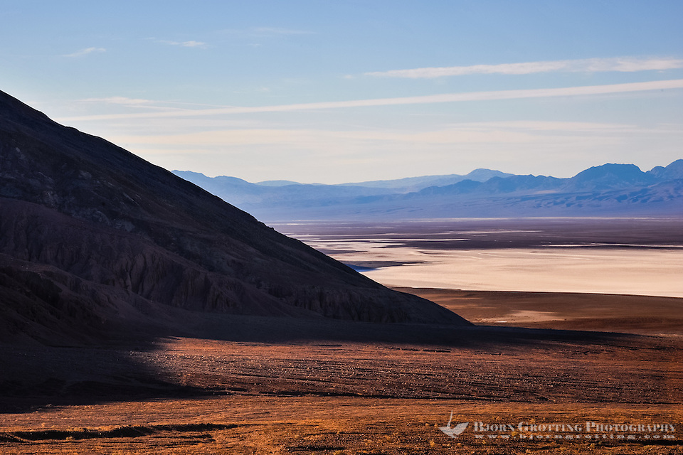 United States, California, Death Valley. View over Badwater Basin from Natural bridge road. Early in the morning,  the sun rises. (Photo Bjorn Grotting)