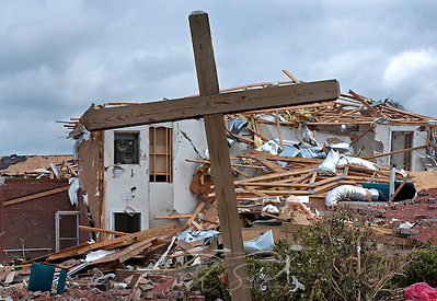 A wooden cross stands in front of the ruins of Smithville Baptist Church May 1, 2011 in Smithville, Miss. Sixteen people died when an EF5 tornado struck the town on April 27, 2011. (Photo by Carmen K. Sisson/Cloudybright) (Carmen K. Sisson/Cloudybright)
