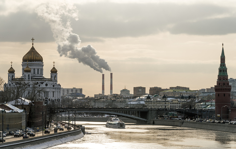 View of the Moskva River with the Kremlin and Cathedral of Christ the Saviour in the background in Moscow. (Daniel Korzeniewski)
