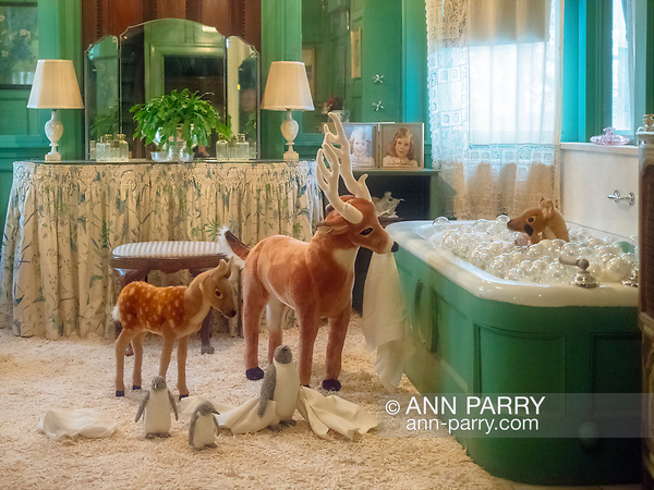 Old Westbury, New York, USA. December 17, 2017. In the Westbury House children's sunny bathroom of Old Westbury Gardens museum, deer and penguins watch over fawn taking a bubble bath. (Ann Parry/Ann Parry, ann-parry.com)