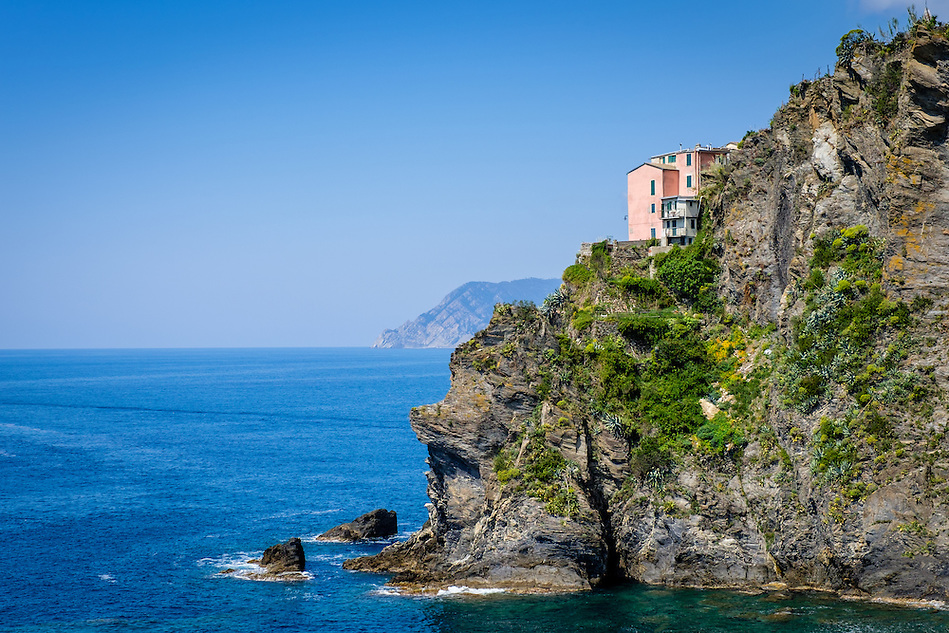 MANAROLA, ITALY - CIRCA MAY 2015: View of sea cliffs in the village of Manarola in Cinque Terre, Italy. (Daniel Korzeniewski)
