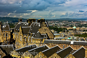 Rooftop view from Edinburgh Castle (Ian C Whitworth)