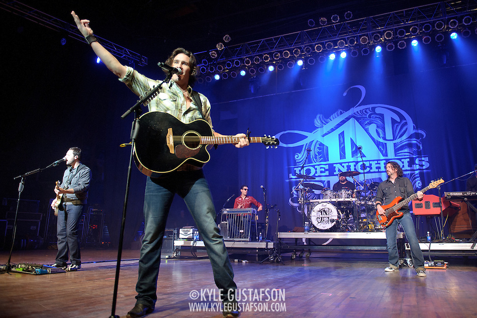 COLUMBIA, MD - October 16th, 2011: Joe Nichols performs at the 2011 Sunday In The Country festival at Merriweather Post Pavilion in Columbia, MD. He has had three number one singles on the Billboard Hot Country Songs chart over the course of his career.  (Photo by Kyle Gustafson/For The Washington Post) (Kyle Gustafson/FTWP)