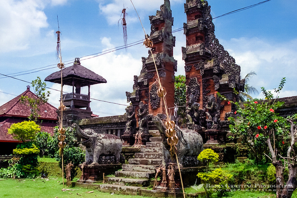 Bali, Tabanan. A temple south of Tabanan city. (Photo Bjorn Grotting)