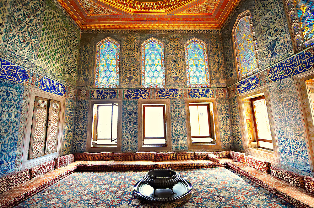 Ottoman. designed tiled rooms of the Crown Prince in the Harem of the  Topkapi Palace, Istanbul, Turkey (Paul E Williams)