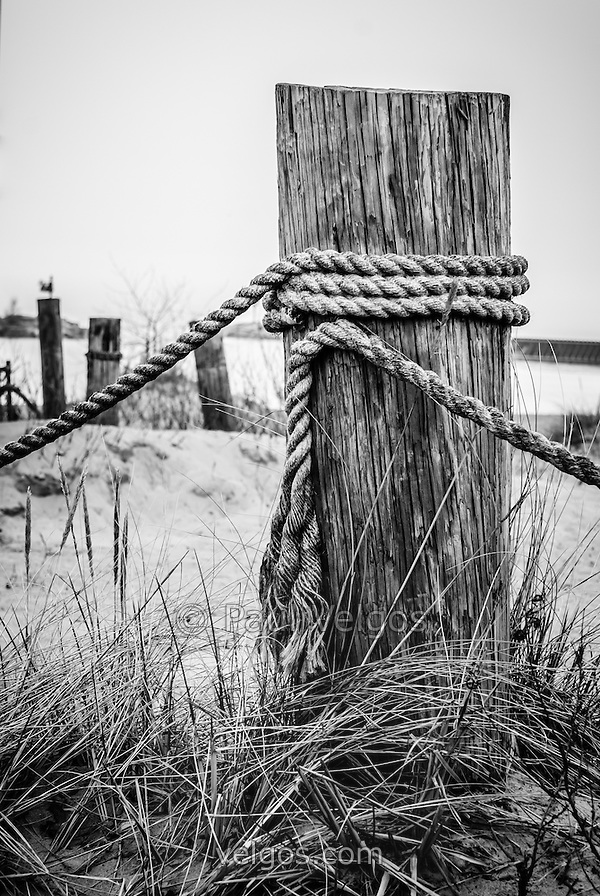 Photo of the New Buffalo Michigan wooden post and rope. (Paul Velgos)