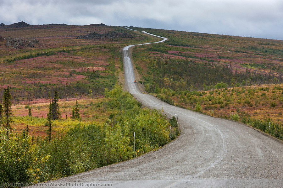 James Dalton Highway, commonly called the Haul Road, Trans Alaska oil pipeline, Alaska. (Patrick J. Endres / AlaskaPhotoGraphics.com)