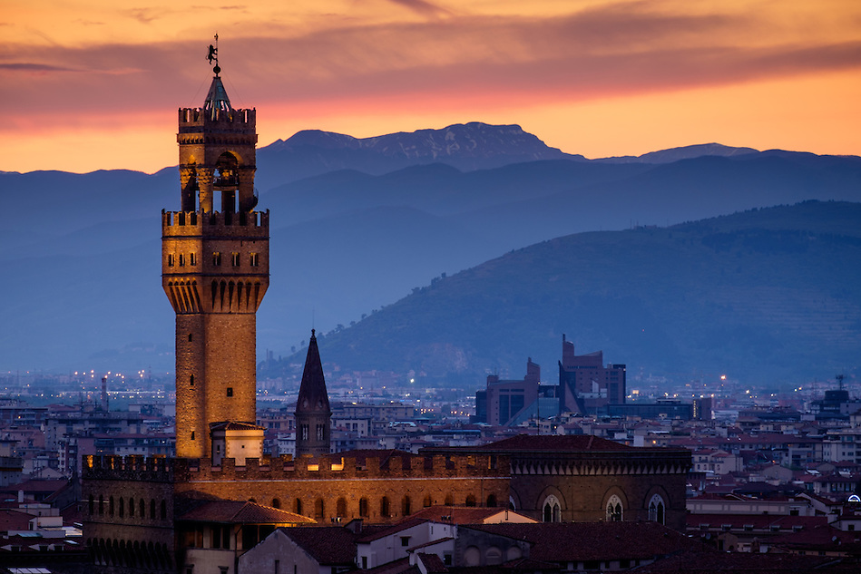 FLORENCE, ITALY - CIRCA MAY 2015:  Palazzo Vecchio at dusk as seen from Piazza Michelangelo (Daniel Korzeniewski)