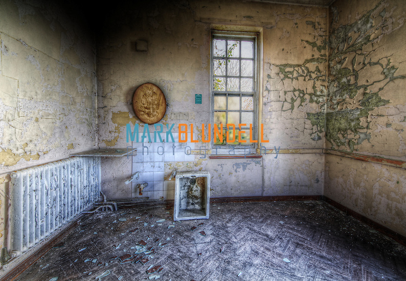 An abandoned interior image of one of the rooms at Runwell Hospital (Mark Blundell)