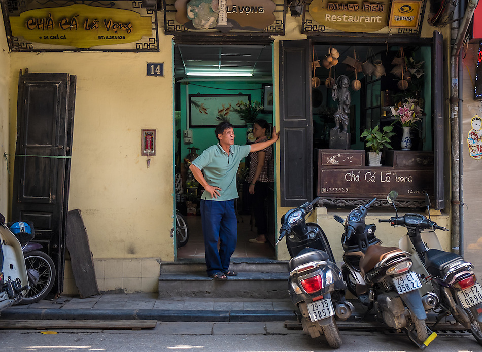HANOI, VIETNAM - CIRCA SEPTEMBER 2014:  Restaurant Cha Ca La Vong in Hanoi, Vietnam. (Daniel Korzeniewski)