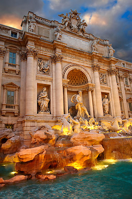 The Baroque Trevi Fountain. Rome (Paul Williams)