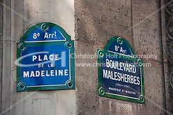 place de la madeleine sign Paris France in May 2008 (Christopher Holt LTD - LondonUK, Christopher Holt LTD/Image by Christopher Holt - www.christopherholt.com)