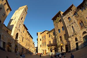 Medieval houses around Plazza Cisterna - San Gimignano - Italy (Paul Williams)