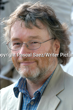 Writer Iain Banks at the Edinburgh International Book Festival in 2003 Copyright Pascal Saez/Writer Pictures contact +44 (0)20 822 41564 sales@writerpictures.com www.writerpictures.com (Pascal Saez/Writer Pictures)