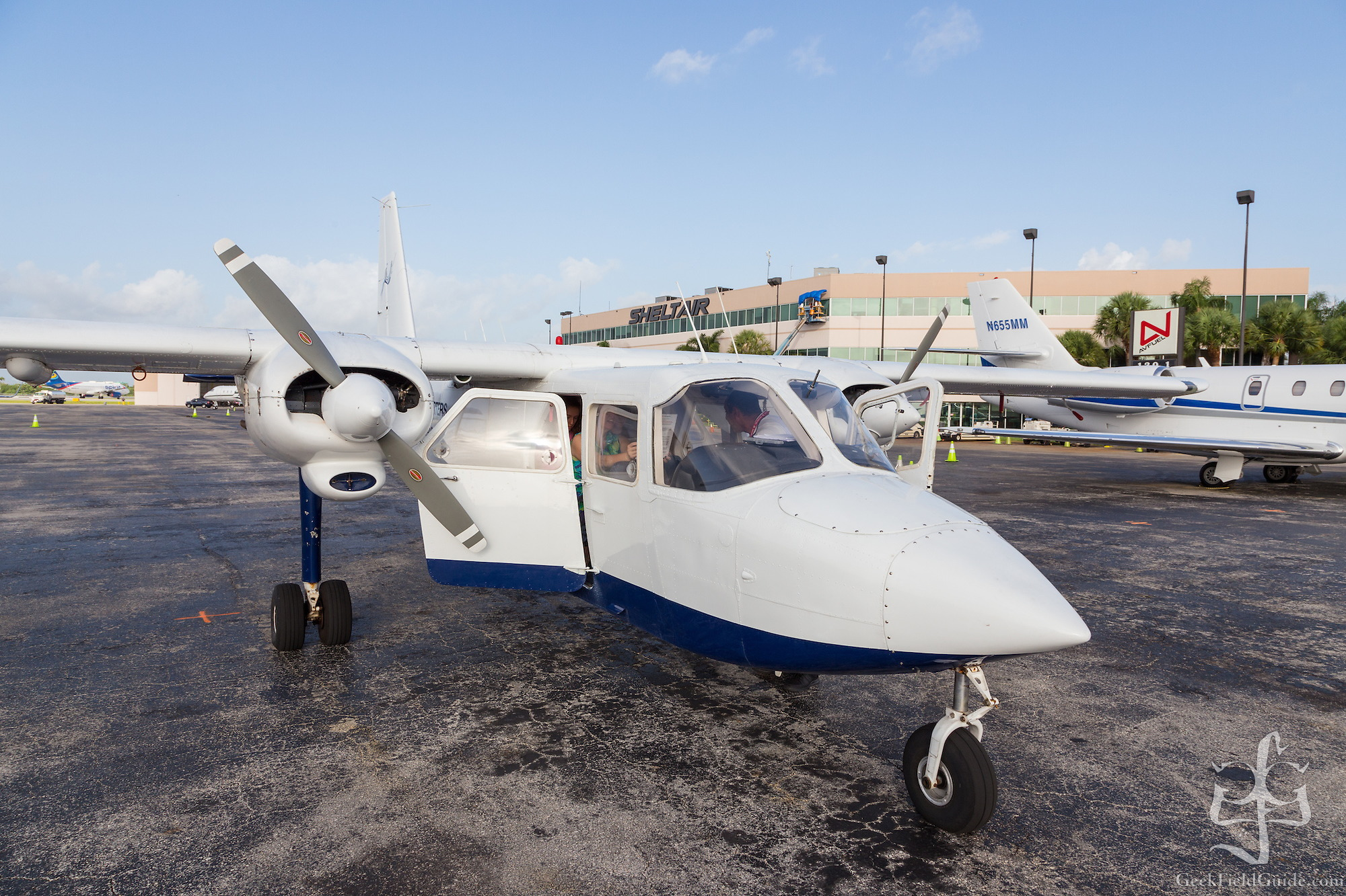 Britten Norman Islander, operated by Island Air Charters (Warren Schultz)