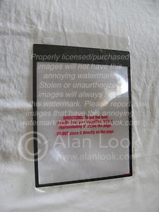 ChimpersCage: Do it Yourself fresnel lense flash extender