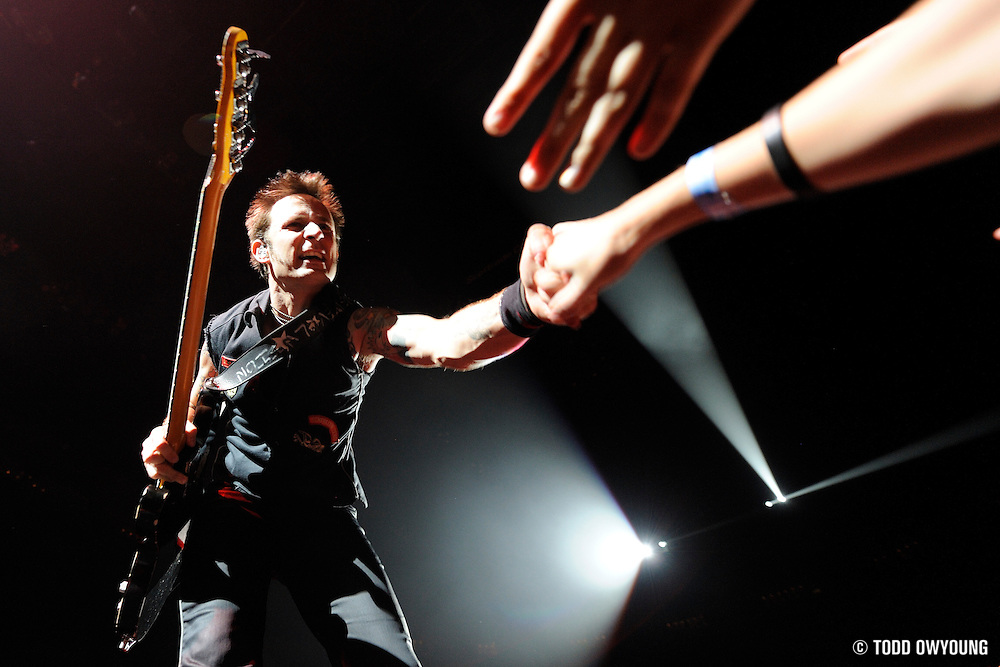 Green Day Performing at the Scottrade Center in St. Louis on December 13, 2009. (Todd Owyoung)