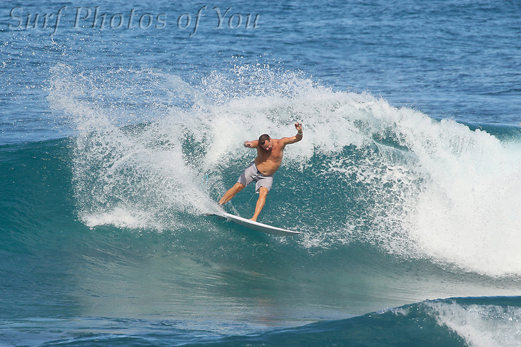 17 December 2017, Surf Photos of You, @mrsspoy, @surfphotosofyou (17 December 2017, Surf Photos of You, @mrsspoy, @surfphotosofyou)
