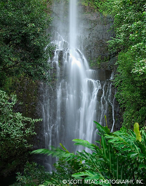 Wailua waterfall, located in Hana, Maui, Hawaii (© Scott Mead Photography, Inc. ALL RIGHTS RESERVED)