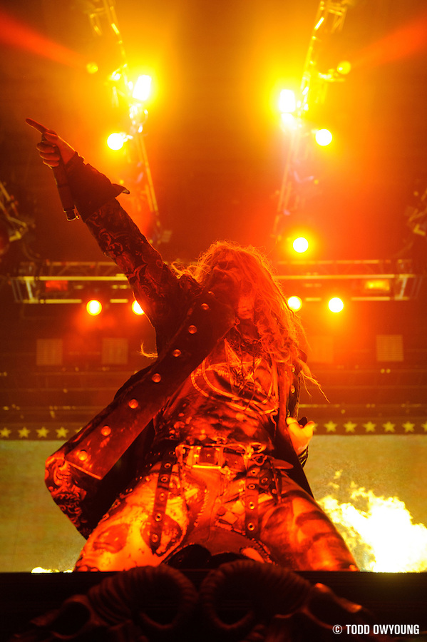 Rob Zombie performing at Mayhem Fest 2010 on July 20 at Verizon Wireless Amphitheater in St. Louis (TODD OWYOUNG)