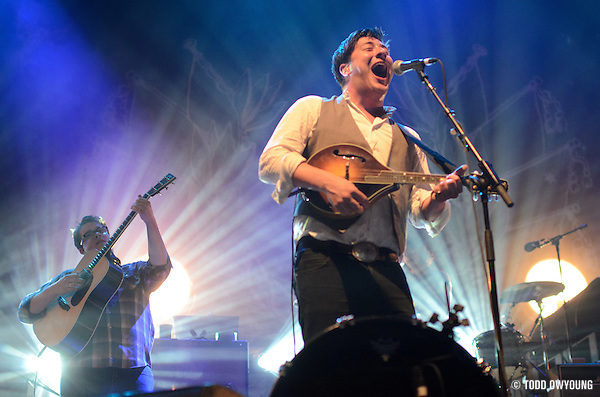 Mumford and Sons performing at the Pageant on June 5, 2011. (Todd Owyoung)