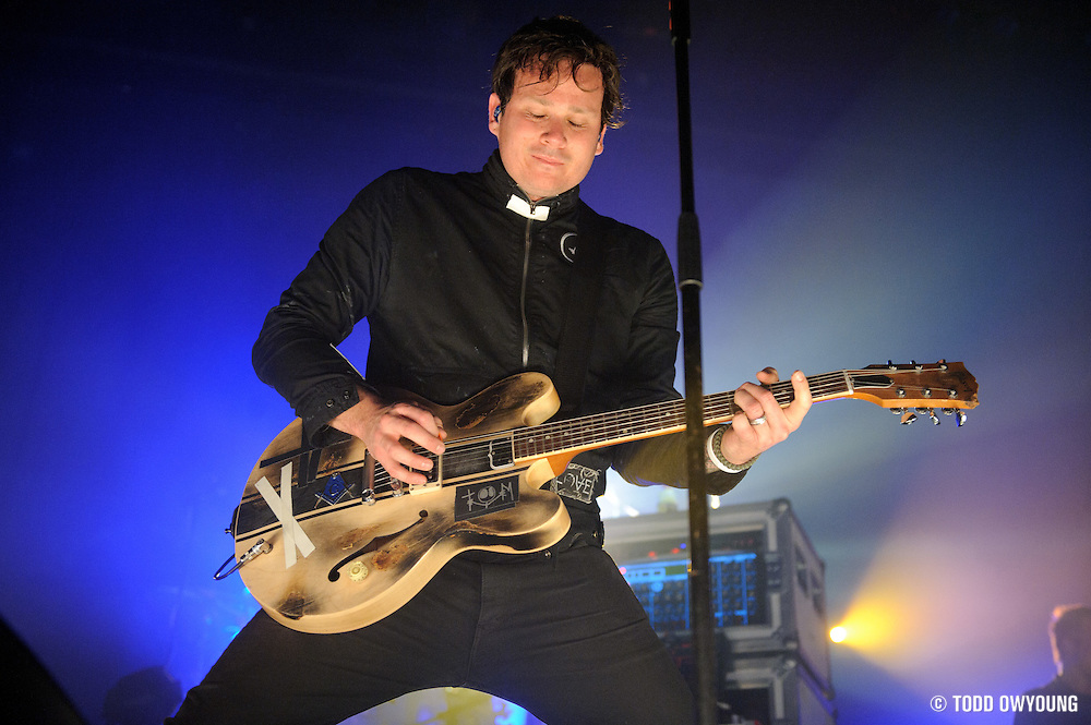 Photos of alternative rock band Angels and Airwaves performing at the Pageant in St. Louis on April 19, 2010. (TODD OWYOUNG)