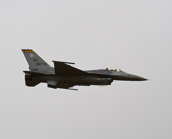 Flying F-16 jet at the Warriors Over the Wasatch air show in 2012. (Clint Losee)