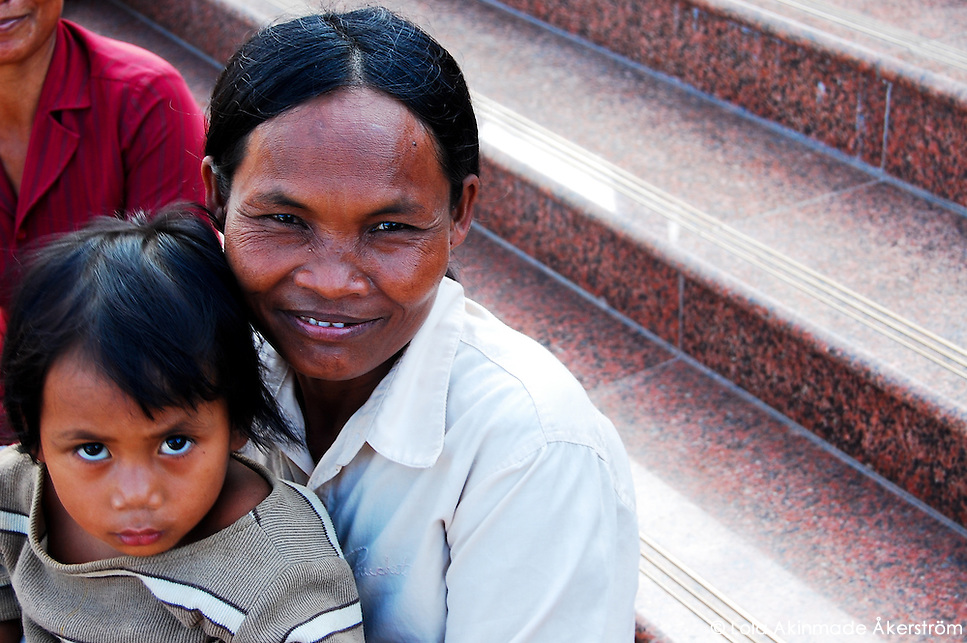 Postcard: Mother and child in Cambodia