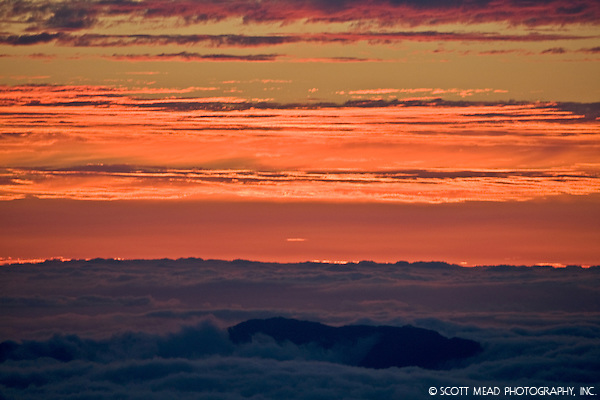 Orange clouds at twilight, from Mauna Kea, Big Island, Hawaii (© Scott Mead Photography, Inc. ALL RIGHTS RESERVED)