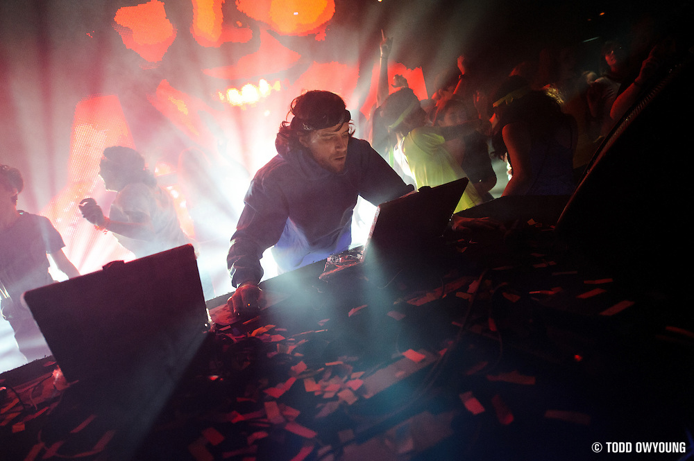 Photos of Gregg Gillis, AKA Girl Talk, performing at the Pageant in St. Louis on January 18, 2011 (TODD OWYOUNG)