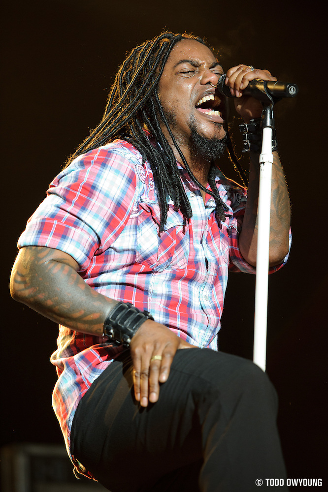 Sevendust performs on May 15, 2011 at Verizon Wireless Amphitheater in St. Louis, Missouri. © 2011 Todd Owyoung. (Todd Owyoung)