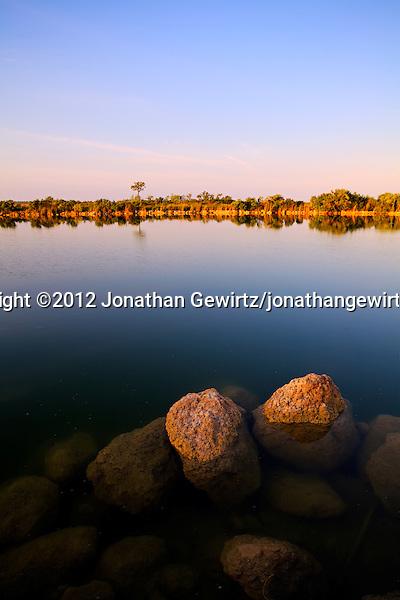 (©2012 Jonathan Gewirtz)