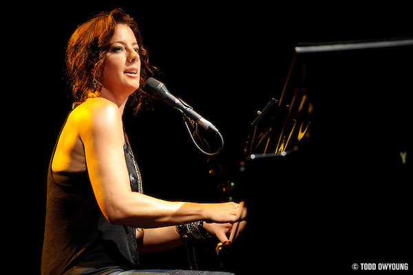 Sarah McLachlan perfroming at Lilith Fair 2010 at Verizon Wireless Amphitheater in St. Louis, MO on July 16, 2010 (TODD OWYOUNG)